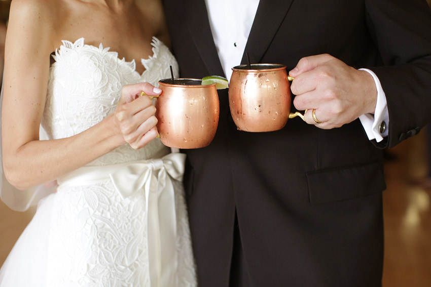 darby-house-wedding-photography-columbus-ohio-moscow-mule